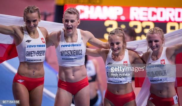 Justyna SwietyErsetic Patrycja Wyciskiewicz Aleksandra Gaworska and Malgorzata HolubKowalik of Poland finish with Silver at the Women's 4x400m Final...