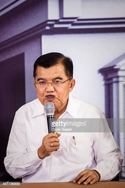 Jusuf Kalla vice president candidate answers questions during press conference after the Presidential final debate on July 5, 2014 in Jakarta,...