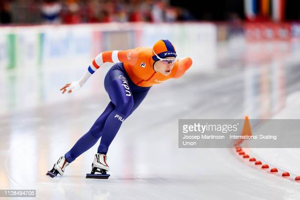 Jutta Leerdam of Netherlands competes in the Ladies 1000m during day 3 of the ISU World Single Distances Speed Skating Championships at Max Aicher...