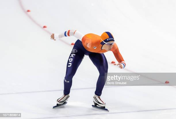 Jutta Leerdam of the Netherlands competes in the Women's 500m 2nd Division A race on day two of the ISU World Cup Speed Skating at Tomaszow...