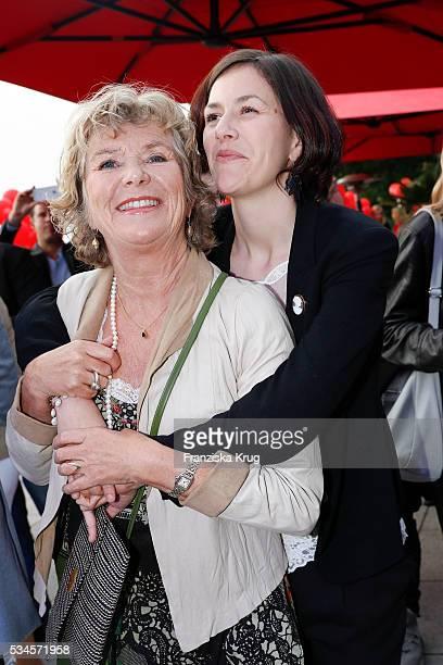 Jutta Speidel and Antonia Speidel during the 'Ein Herz fuer Kinder' summer party at Wannseeterrassen on May 26 2016 in Berlin Germany