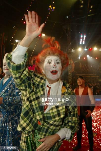 Jutta Speidel Bei Der Generalprobe Zu Stars In Der Manege Im Zirkus Krone In München Am 061202