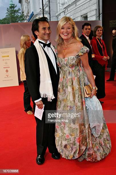Jutta Speidel Und Bruno Maccallini Bei Der Verleihung Des Henri Nannen Preis Im Schauspielhaus In Hamburg Am 110507