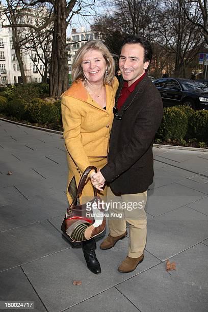 Jutta Speidel Und Ihr Freund Bruno Maccallini Bei Der Montblanc Kulturstiftung Party Im The Charles Hotel In München