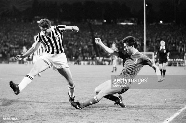Juventus 10 Liverpool FC 1985 European Cup Final Heysel Stadium Brussels Belgium Wednesday 29th May 1985 match action Ian Rush of Liverpool