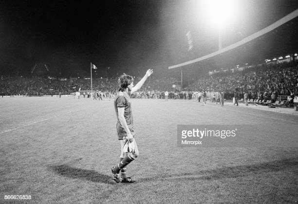 Juventus 10 Liverpool FC 1985 European Cup Final Heysel Stadium Brussels Belgium Wednesday 29th May 1985 match action Ronnie Whelan of Liverpool...