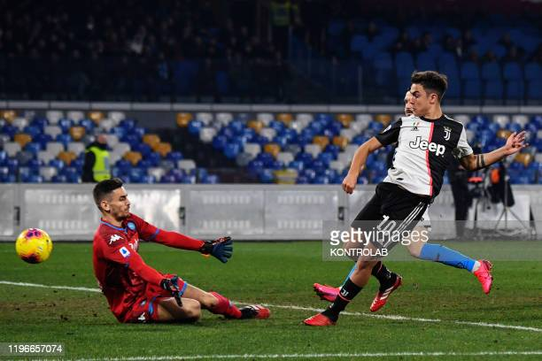 STADIUM NAPLES CAMPANIA ITALY Juventus' Argentinian forward Paulo Dybala fails to score against Napoli's Italian goalkeeper Alex Meret during the...