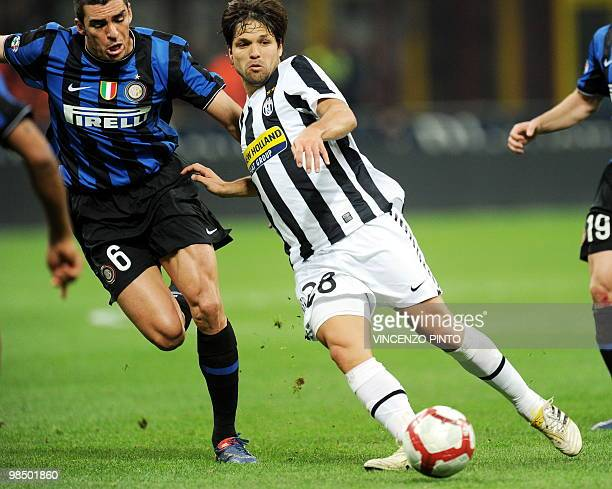 Juventus Brasilian midfielder Diego fights for the ball with Inter Milan's Brazilian defender Lucio Da Silva Ferreira Lucimar during their Serie A...