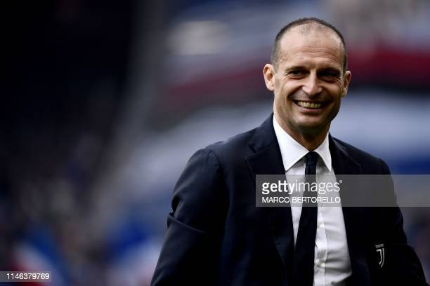 Juventus' coach Massimiliano Allegri looks on during the Italian Serie A football match Sampdoria vs Juventus Turin on May 26 2019 at the 'Luigi...