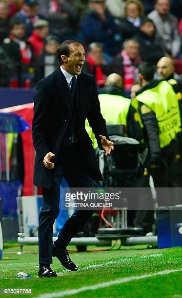 Juventus' coach Massimiliano Allegri shouts during the UEFA Champions League football match Sevilla FC vs Juventus at the Ramon Sanchez Pizjuan...