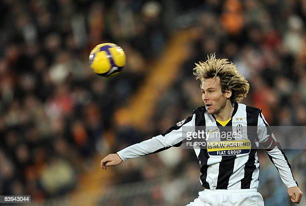 Juventus Czech midfielder Pavel Nedved eyes the ball during a Serie A football match against Lecce at Lecce's Del Mare Stadium on December 7 2008 AFP...