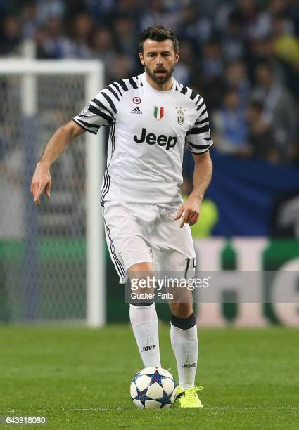 Juventus defender Andrea Barzagli from Italy in action during the UEFA Champions League Round of 16 First Leg match between FC Porto and Juventus at...