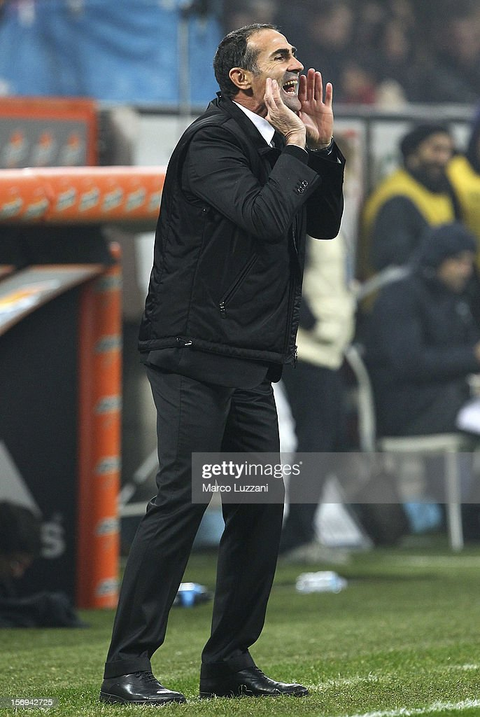 Juventus FC assistant coach Angelo Alessio shouts to his players during the Serie A match between AC Milan and Juventus FC at San Siro Stadium on November 25, 2012 in Milan, Italy.