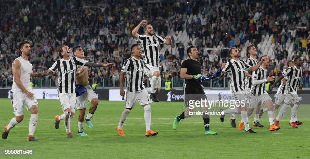 Juventus FC players celebrate the victory at the end of the serie A match between Juventus and Bologna FC at Allianz Stadium on May 5 2018 in Turin...