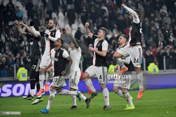 Juventus FC team salute a fans during the Coppa Italia match between Juventus and Udinese Calcio at Allianz Stadium on January 15 2020 in Turin Italy