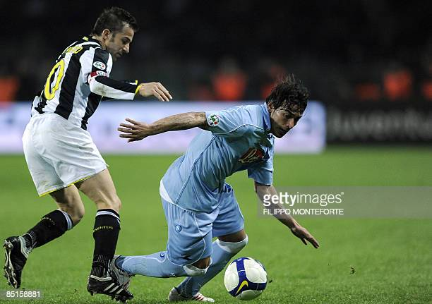 Juventus forward Alex Del Piero fights for the ball with Naples' foward Ezequiel Lavezzi of Argentina during their Serie A football match at Turin's...