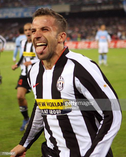 FC Juventus forward Alex Del Piero jubiles after scoring during their Calcio football match Naples vs Juventus at San Paolo Stadium in Naples 27...