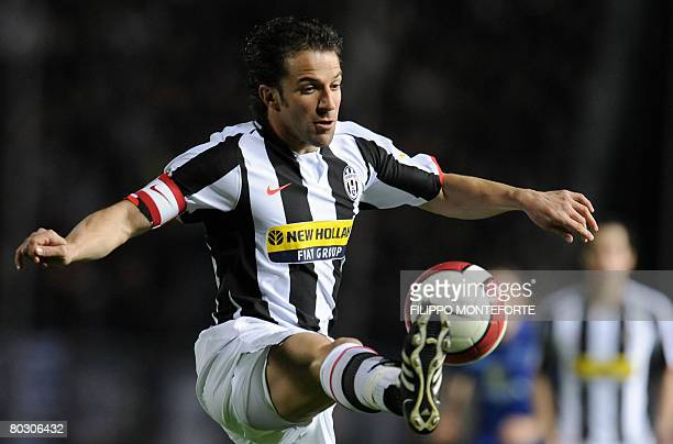 Juventus' forward and captain Alessandro Del Piero controls the ball during their Serie A football match against Empoli in Empoli's Castellani...