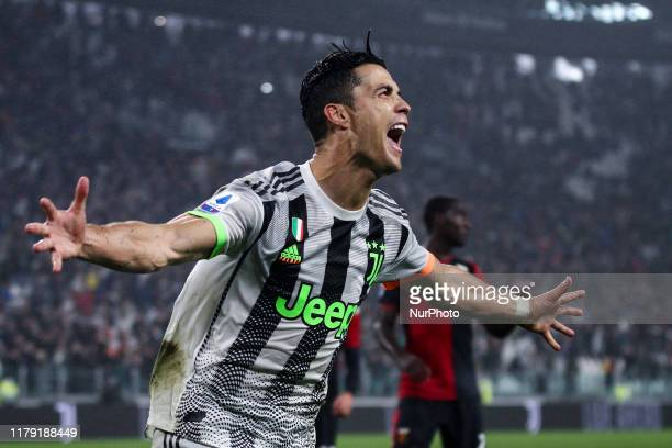 Juventus forward Cristiano Ronaldo celebrates after scoring his goal to make it 21 during the Serie A football match n10 JUVENTUS GENOA on October 30...