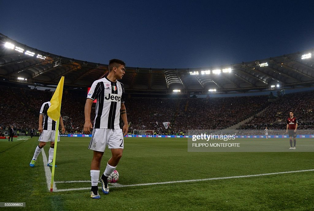 Juventus' forward from Argentina Paulo Dybala prepares to kick a corner during the Italian Tim Cup final football match AC Milan vs Juventus on May 21, 2016 at the Olympic Stadium in Rome.