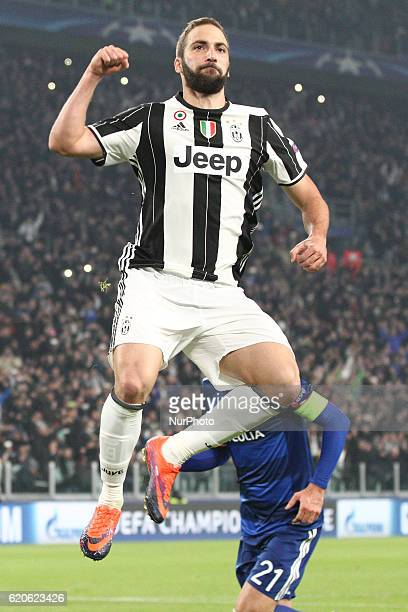 Juventus forward Gonzalo Higuain celebrates after scoring his goal during the Uefa Champions League group stage football match n4 JUVENTUS LYON on at...