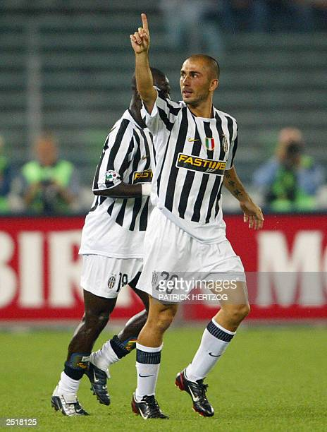Juventus forward Marco Di Vaio celebrates after scoring the two first goals for his team 21 Septembre 2003 at Stadium delli Alpi in Turin during the...