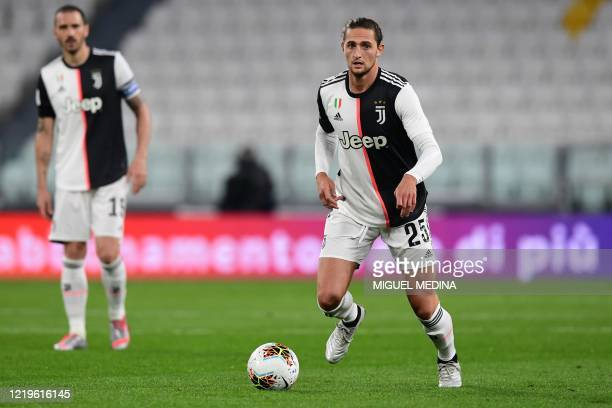 Juventus' French midfielder Adrien Rabiot controls the ball during the Italian Cup semifinal second leg football match Juventus vs AC Milan on June...