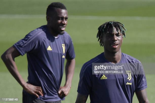 Juventus' French midfielder Blaise Matuidi and Juventus' Italian forward Moise Kean attend a training session on April 15 2019 at the Continassa...