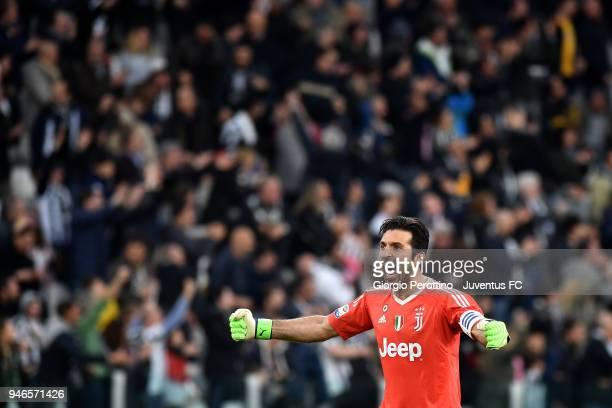 Juventus goalkeeper Gianluigi Buffon celebrates after the goal of his teammate Mario Mandzukic during the serie A match between Juventus and UC...