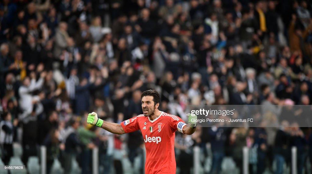 Juventus goalkeeper Gianluigi Buffon celebrates after the goal of his teammate Mario Mandzukic during the serie A match between Juventus and UC Sampdoria at Allianz Stadium on April 15, 2018 in Turin, Italy.