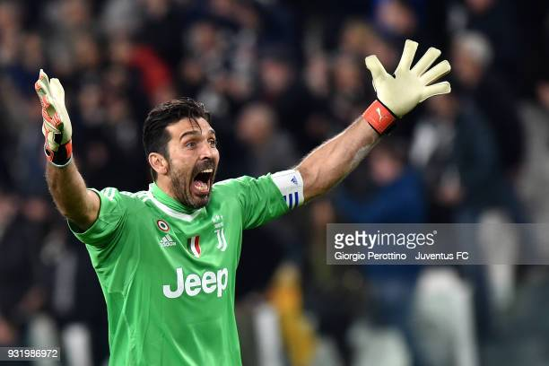 Juventus goalkeeper Gianluigi Buffon celebrates after the goal of Blaise Matuidi during the serie A match between Juventus and Atalanta BC on March...