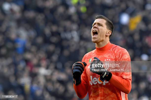 Juventus' goalkeeper Wojciech Szczesny celebrates the victory after the Serie A match between Juventus and ACF Fiorentina at Allianz Stadium on...