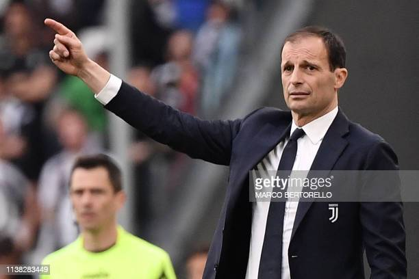 Juventus' Italian coach Massimiliano Allegri gestures during the Italian Serie A football match Juventus vs Fiorentina on April 20 2019 at the...