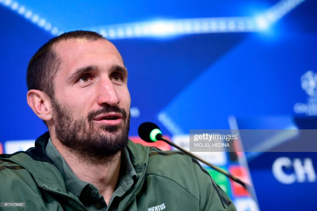 Juventus' Italian defender Giorgio Chiellini holds a press conference in Turin, on February 12, 2018, on the eve of the UEFA Champions League round of 16 football match between Juventus and Tottenham. /