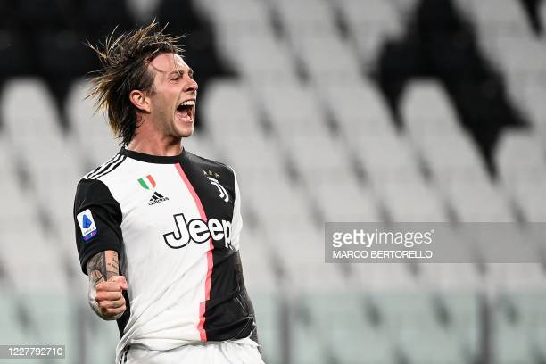 Juventus' Italian forward Federico Bernardeschi celebrates after scoring during the Italian Serie A football match between Juventus and Sampdoria...