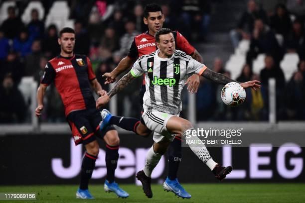 Juventus' Italian forward Federico Bernardeschi controls the ball during the Italian Serie A football match between Juventus and Genoa on October 30...