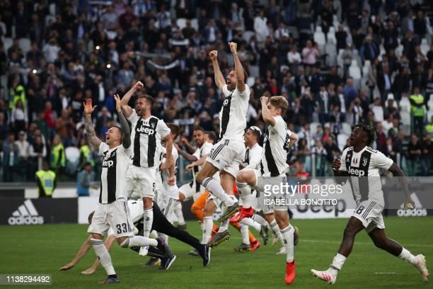 Juventus' Italian forward Federico Bernardeschi, Juventus' Bosnian midfielder Miralem Pjanic, Juventus' Italian defender Andrea Barzagli, Juventus'...