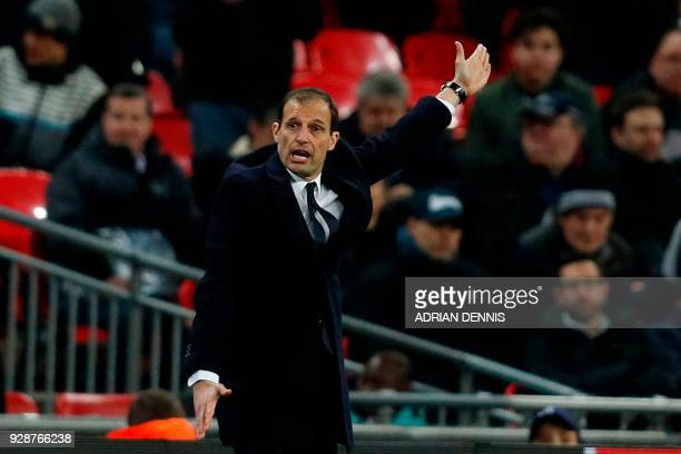 Juventus' manager Massimiliano Allegri gestures on the touchline during the UEFA Champions League round of sixteen second leg football match between...
