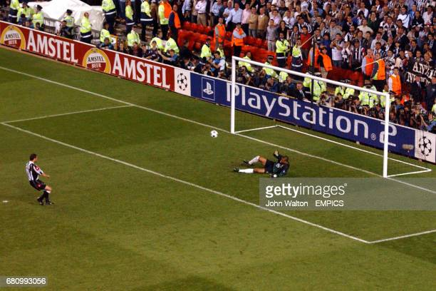 Juventus' Paolo Montero scores past AC Milan's Dida during the penalty shoot out