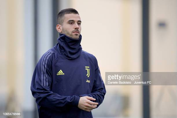 Juventus player Leonardo Spinazzola during a Champions League training session at JTC on November 26 2018 in Turin Italy