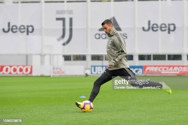 Juventus player Leonardo Spinazzola during a training session at JTC on November 1 2018 in Turin Italy