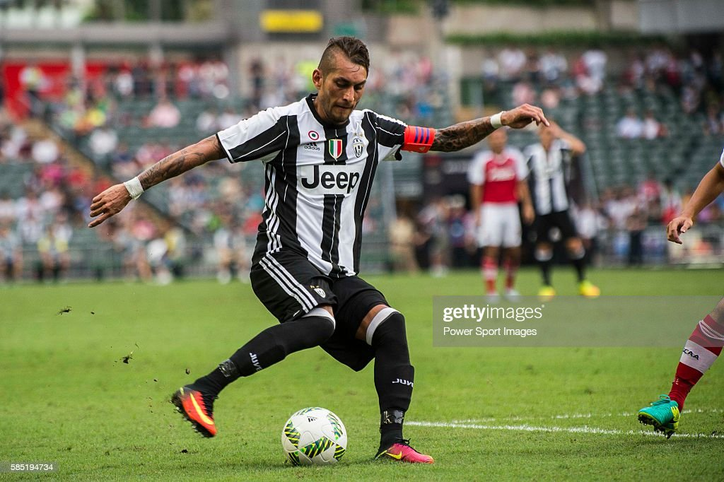 AET International Challenge Cup - South China vs Juventus : News Photo