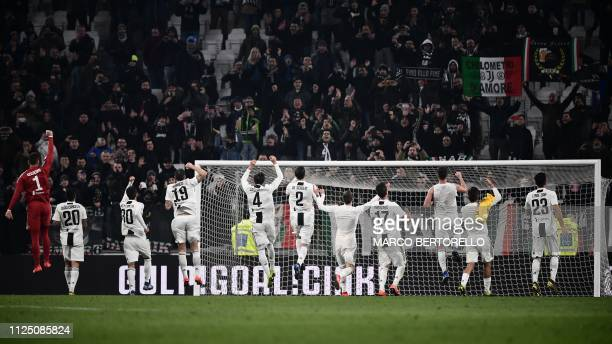 Juventus players acknowledge the public at the end of the Italian Serie A football match Juventus vs Frosinone on February 15 2019 at the Juventus...