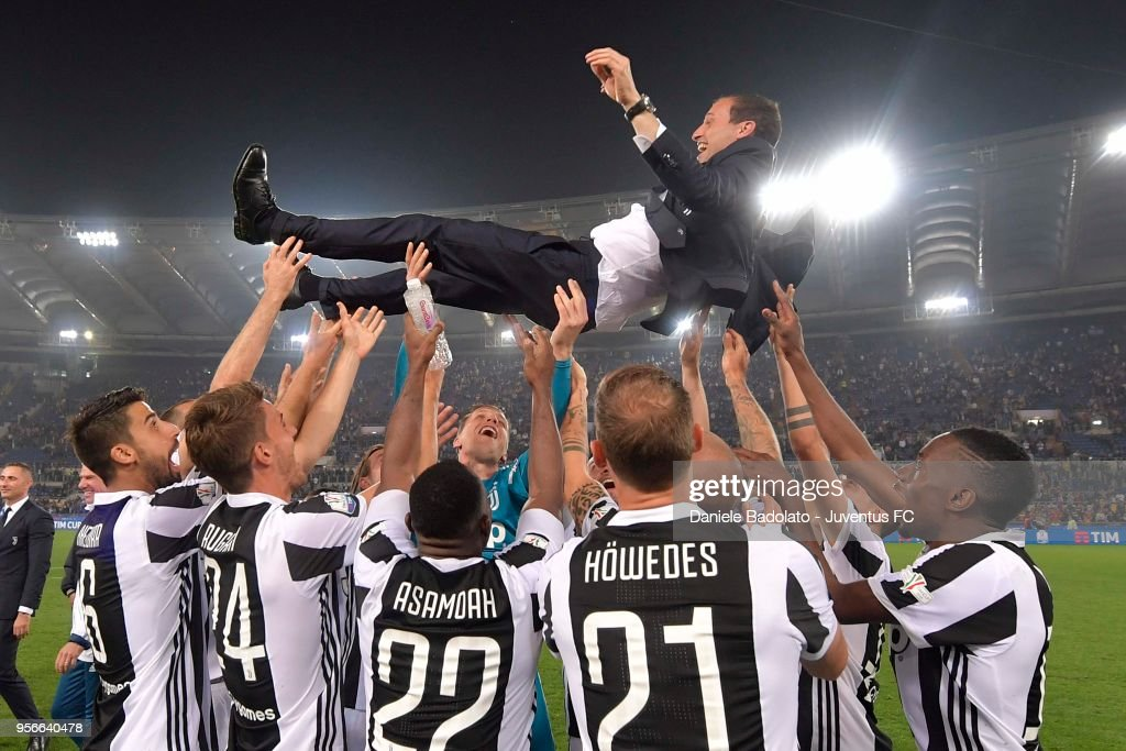 Juventus players and head coach Massimiliano Allegri celebrating after winning the TIM Cup Final between Juventus and AC Milan at Stadio Olimpico on May 9, 2018 in Rome, Italy.