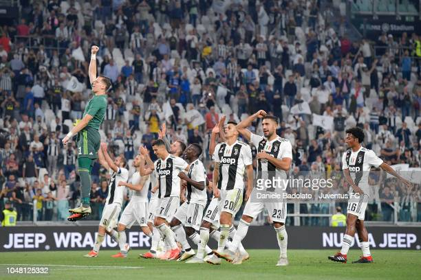 Juventus players celebrate at the end of the Serie A match between Juventus and SSC Napoli at Allianz Stadium on September 29 2018 in Turin Italy