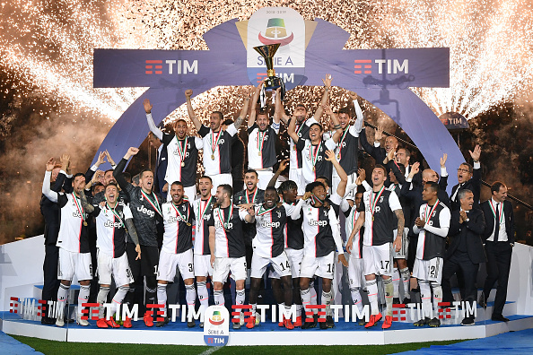 https://media.gettyimages.com/photos/juventus-players-holding-the-trophy-after-winning-the-serie-a-at-picture-id1145098310?k=6&m=1145098310&s=594x594&w=0&h=ixbtXtli-CF7OC4PSZPD9SlLQVn0-yMtSA3WTNd1GiI=