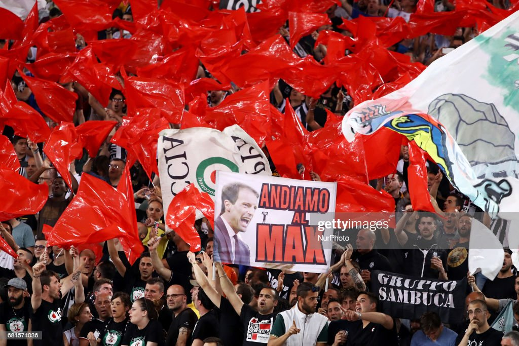 Juventus supporters celebrate the Coppa Italia victory after the final between Juventus FC and SS Lazio at the Olympic Stadium on May 17, 2017 in Rome, Italy. Juventus won 2-0 against Lazio.