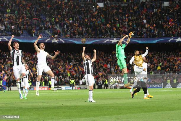 Juventus team celebrates victory after the Uefa Champions League quarter finals football match BARCELONA JUVENTUS on at the Camp Nou in Barcelona...