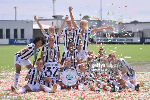 Juventus Women celebrate victory after the Women Serie A match between Juventus and FC Internazionale at Juventus Center Vinovo on May 23, 2021 in...