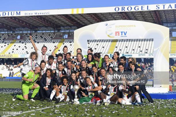 Juventus Women players celebrate the victory after the Italian Supercup match between Juventus Women and Fiorentina Women on October 27 2019 in...